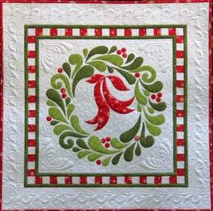 christmas wall quilts | ... Fancy' Christmas Wreath Applique Wall Hanging Quilt Pattern | eBay