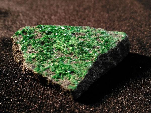 Видео с камнем Зеленый гранат | Ярмарка Мастеров - ручная работа, handmade