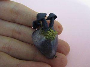Лепим гриб из полимерной глины на аметистовом камне. Ярмарка Мастеров - ручная работа, handmade.