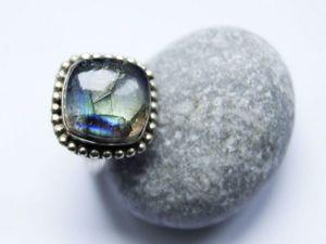 Кольцо с лабрадоритом. Размер 18 мм.. Ярмарка Мастеров - ручная работа, handmade.