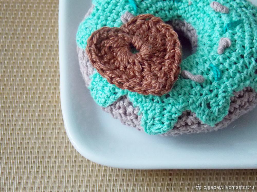 knit donut
