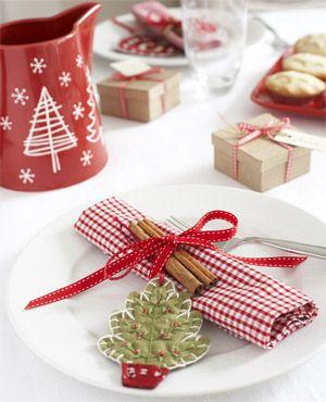 christmas-table-decoration-and-christmas-decorating-ideas-and-christmas-table-decoration-ideas-and-christmas-decoration