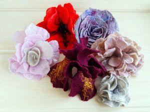 Валяная брошь-цветок | Ярмарка Мастеров - ручная работа, handmade