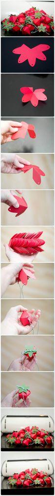 Paper Strawberry Box | #DIY