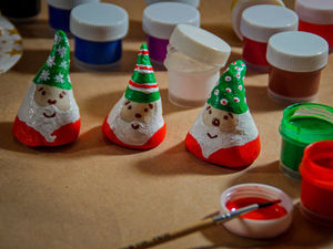 Лепим с детьми из соленого теста новогодних гномиков. Ярмарка Мастеров - ручная работа, handmade.