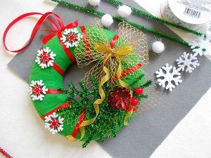 Делаем новогодний венок из фетра. Ярмарка Мастеров - ручная работа, handmade.