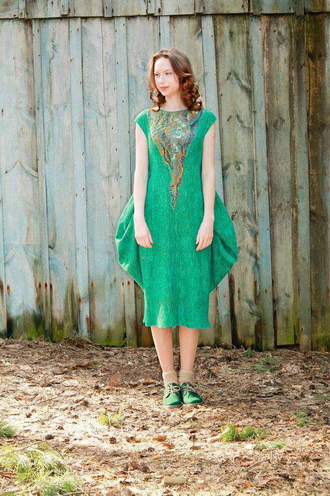 удивительный войлок, платье зеленое