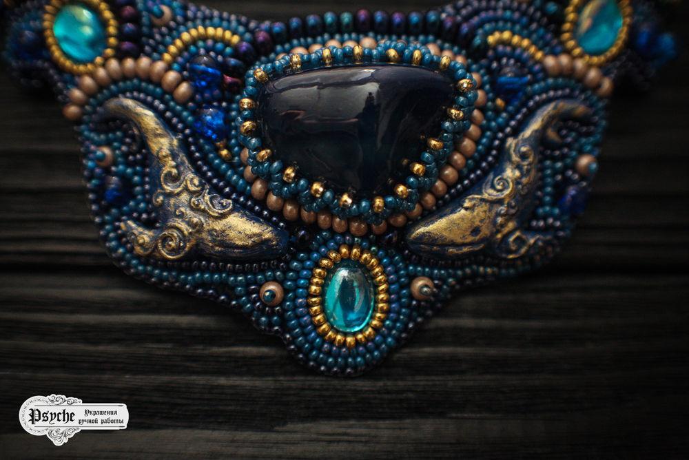 украшения с камнями, бисерное колье