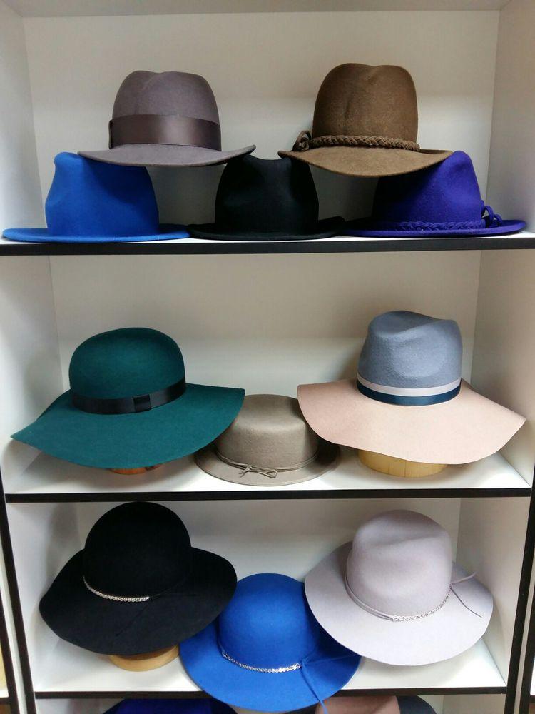 скидка, sales, шляпа, много шляп, fedora, шляпка с ушками, чёрная шляпа
