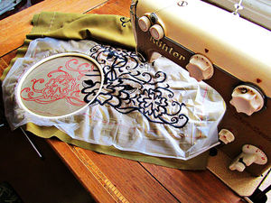 Свободно-ходовая вышивка на простой швейной машинке. Ярмарка Мастеров - ручная работа, handmade.