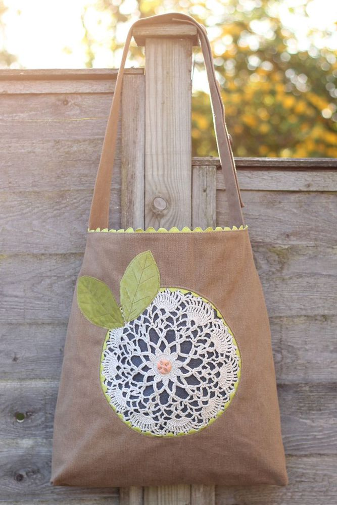 DIY: doily flower bag