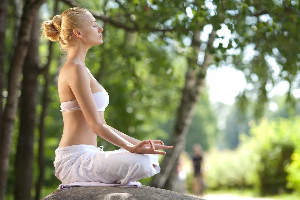натуральные камни, горный хрусталь, медитация, медитации, здоровье, полезные советы, полезная информация, статьи, свойства камней, релаксация, здоровый образ жизни, восстаноление сил, энергетика, энергия, магия камней, прозрачный кварц, кварц, свойства кварца, настроение, бодрость