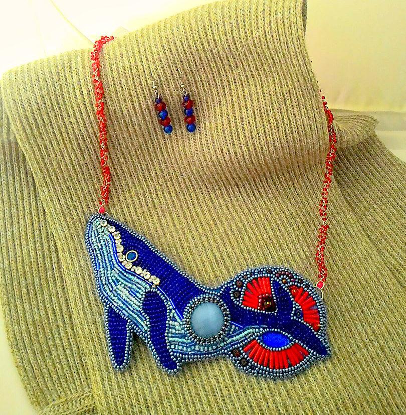 колье, аукцион сегодня, колье синий кит, кит, аукцион на украшения, необычные украшения, колье из бисера, аукцион сейчас, аукцион на колье