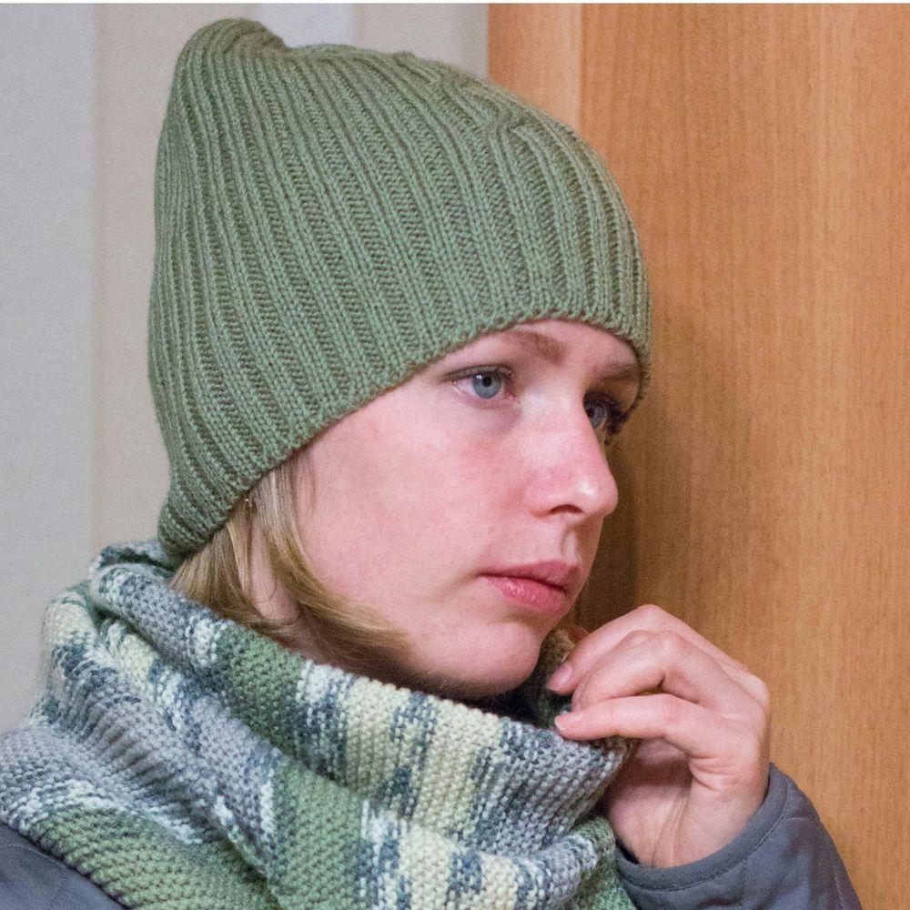 вязание спицами, женская шапка, nadeni
