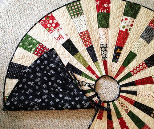 Beautiful Christmas Tree Skirt