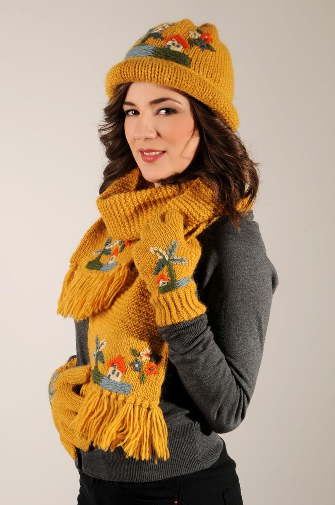 вязаные шарфы, носки вязаные