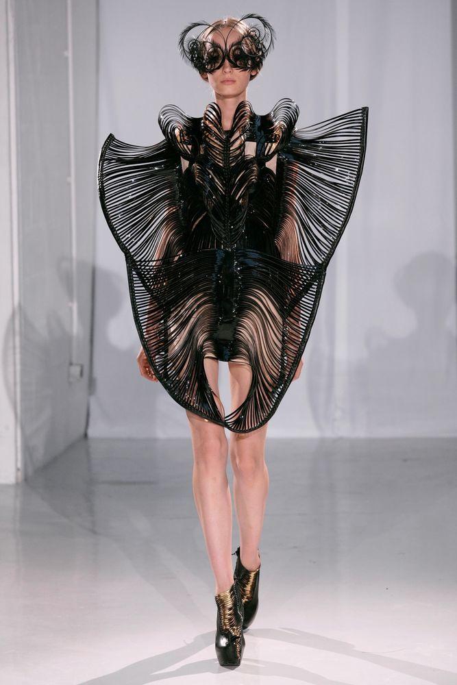 креативные одежда женская фото общаемся нечасто