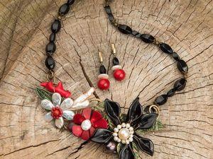 И на камнях растут цветы... подборка цветочных колье.. Ярмарка Мастеров - ручная работа, handmade.