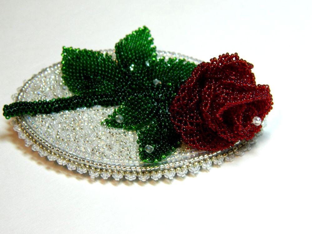 красная роза, divelen, брошь из бисера