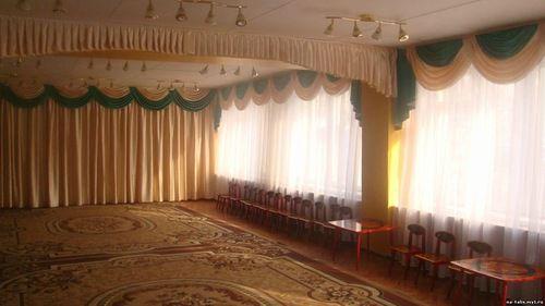 шторы в музыкальный зал