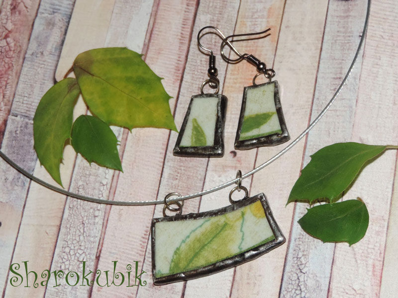 зеленые украшения