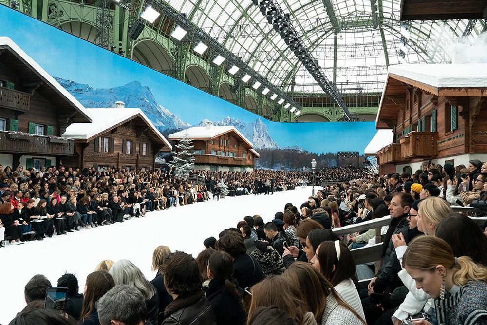Show Must Go On: в Париже показали последнюю коллекцию Карла Лагерфельда, фото № 4