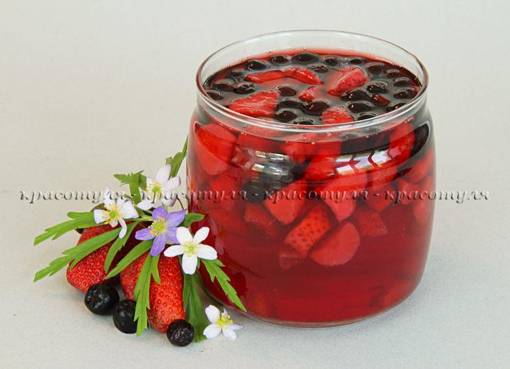 ягоды, рецепт компота, черноплодка
