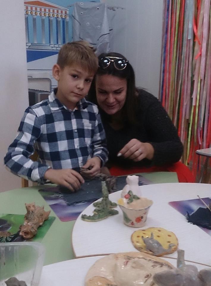 занятия с детьми, занятия для подростков, природная глина, занятия лепкой с детьми, обучение керамике, лепка из природной глины, изготовление статуэток