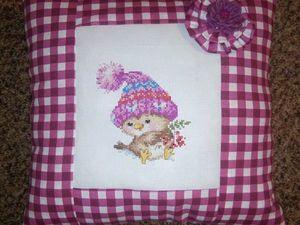 Любая подушка - и подарок к ней - брошь или скидка.. Ярмарка Мастеров - ручная работа, handmade.