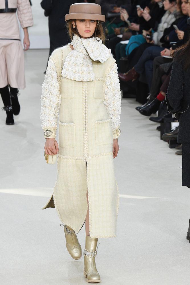 b6348c101a4 Великолепие в нюансах  новая коллекция Chanel сезона осень-зима 2016 ...
