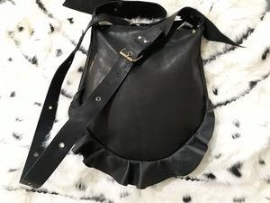 Забавная сумочка с рюшем. Ярмарка Мастеров - ручная работа, handmade.
