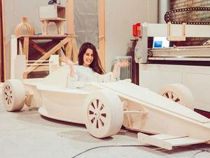 Наш 3х-метровый гоночный болид Формулы 1. Ярмарка Мастеров - ручная работа, handmade.
