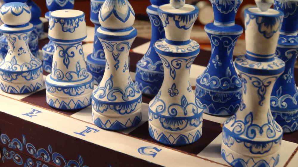 красивые шахматы, шахматы сине-белые
