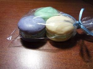 Аукцион «Набор из 3 «вкусных» мыл в форме макаруны». Ярмарка Мастеров - ручная работа, handmade.