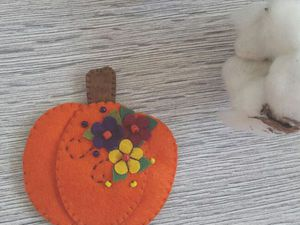 Sewing a Pumpkin Brooch. Livemaster - handmade