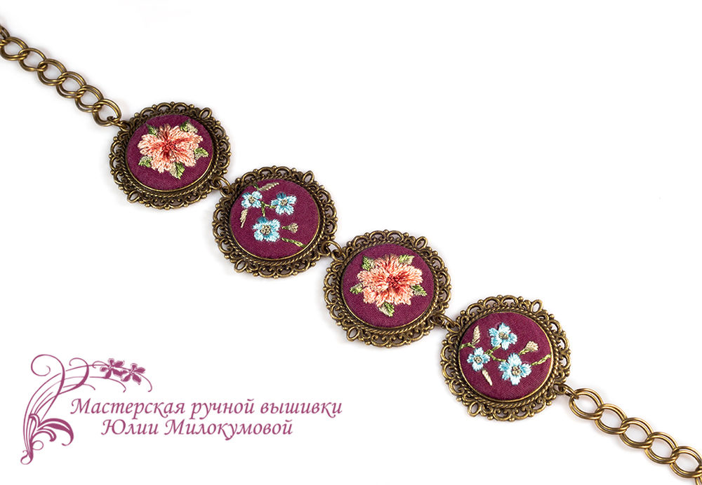 вышитые украшения, кулон с цветами