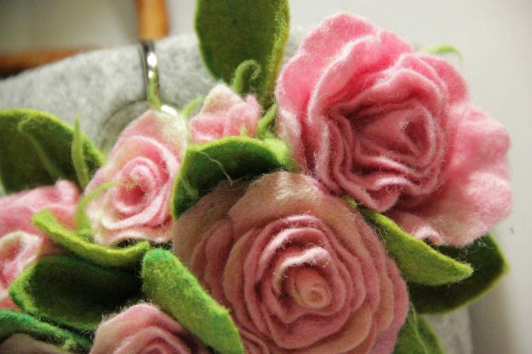 цветы валяные фото чаще диагностируют маленьких