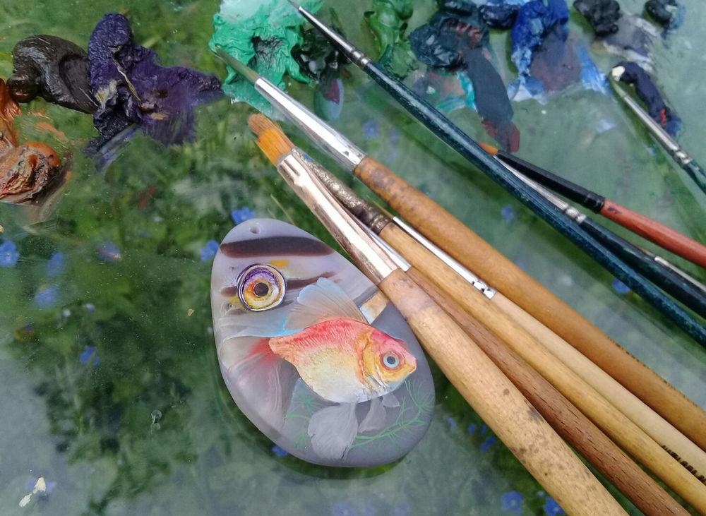 живопись на камне, кулон, агат, эксклюзивное украшение, ручная роспись, колье, миниатюрная живопись, масляные краски