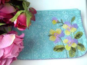 Косметичка в подарок при покупке любой сумки из магазина. Ярмарка Мастеров - ручная работа, handmade.